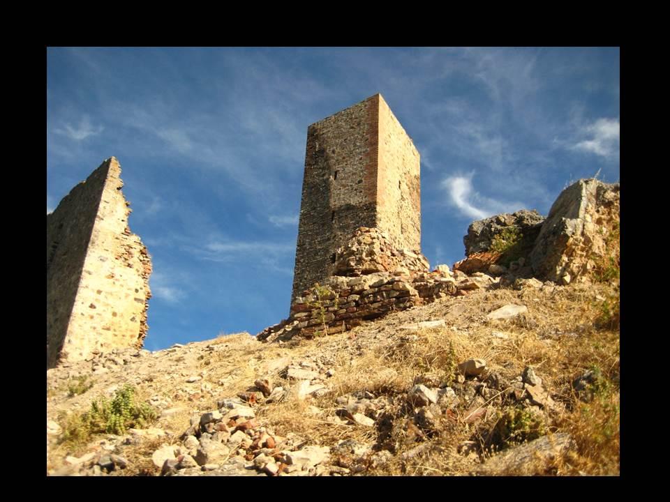 castillo-de-alange-3